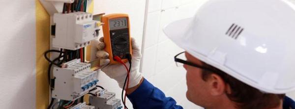 redes-electricas-circuitos-normales-y-regulados-georedes