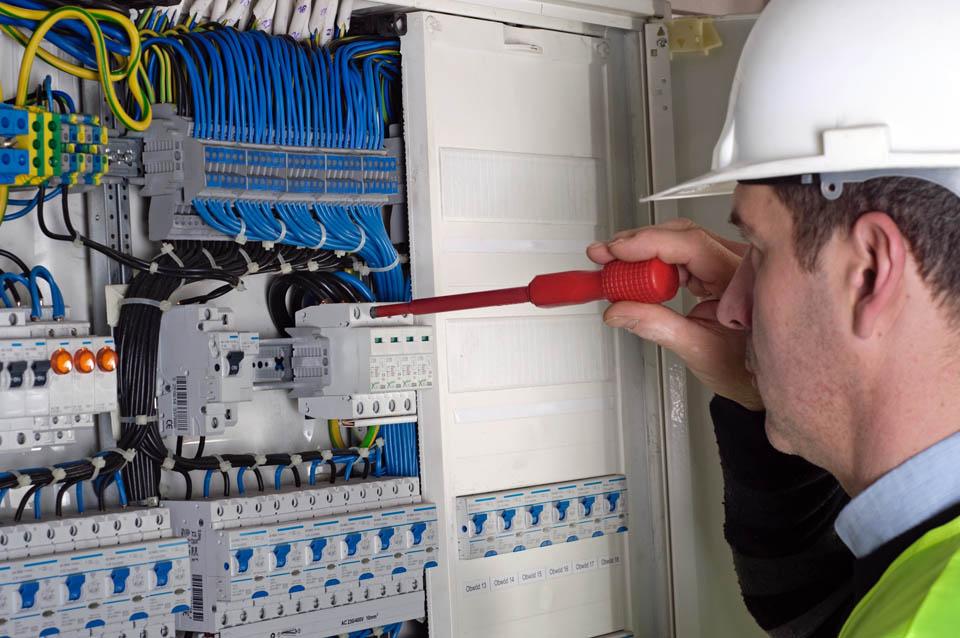 servicios-cableado-estructurado-mantenimiento-locativo